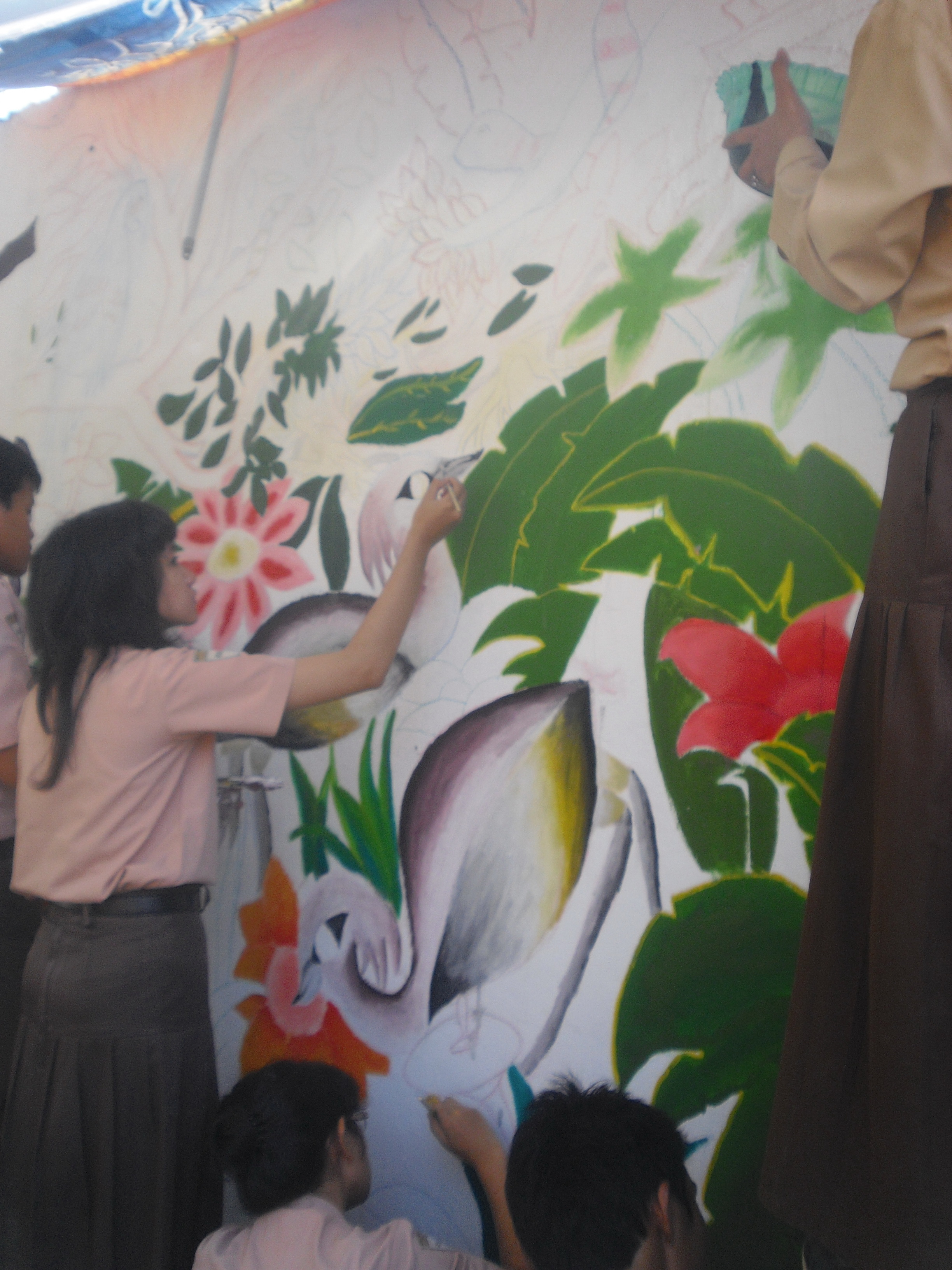 Lomba mural sman 16 surabaya sma negeri 16 surabaya for Mural go green